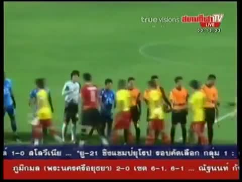 10/8/11 Chonburi 1-0 Osotspa